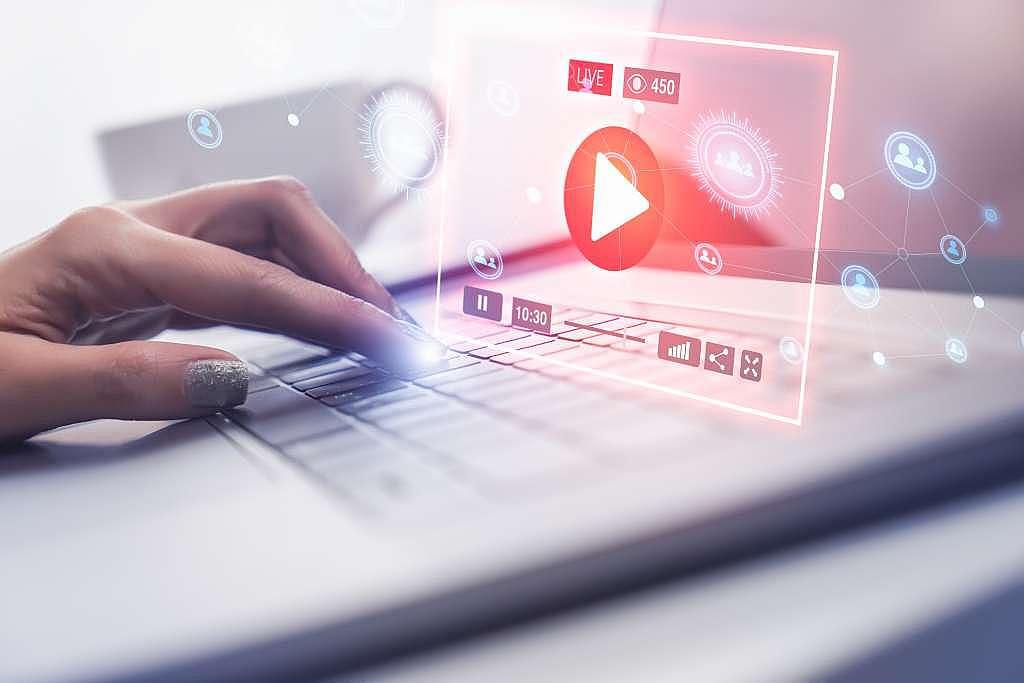 Descubra como usar vídeos informativos de forma correta para sua marca!